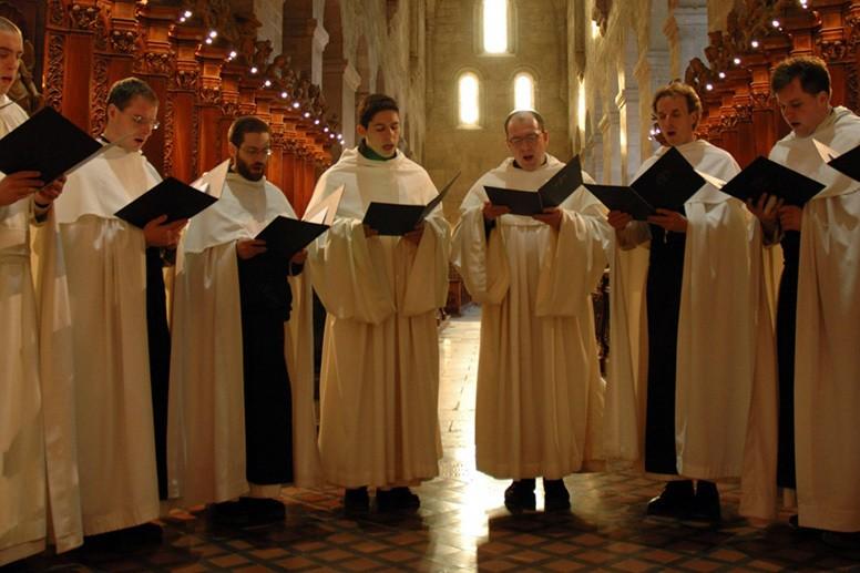 Choir Chanting