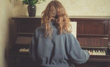 Piano Classical Music for Beginners